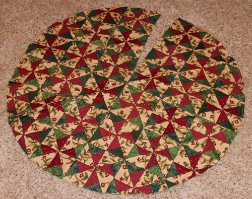 Quilted christmas tree skirt patterns free